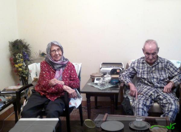 پدر و مادر پیر خانم رهنورد